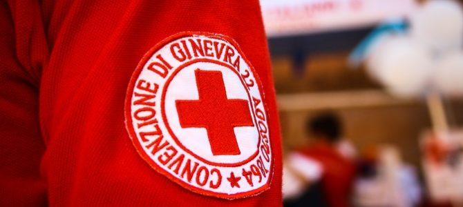 la Croce Rossa non e' mai di parte, ma e' di tutti